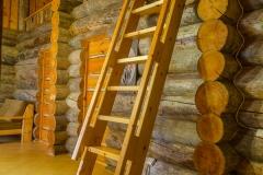 cottage_tri_bogatyrya_hall