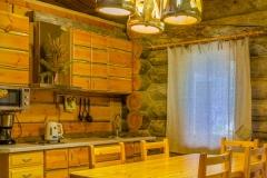 cottage_tri_bogatyrya_kitchen
