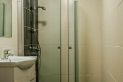 hotel_main_shower